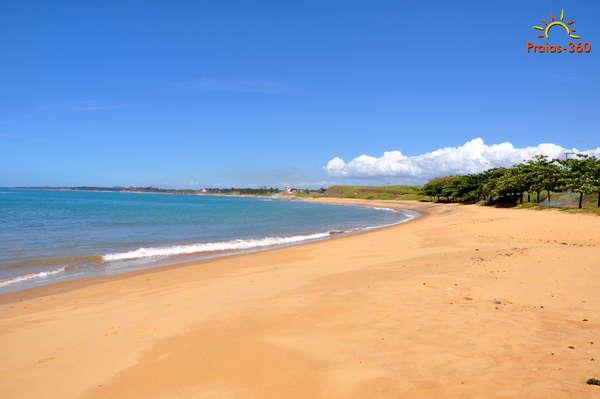 es-guarapari-praia-de-meaipe-010