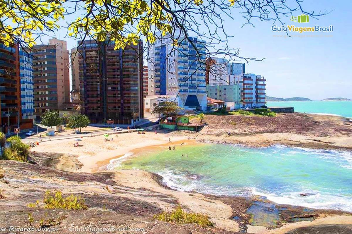 foto-praia-das-virtudes-guarapari-es